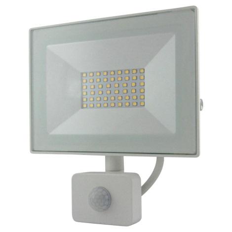 LED Reflektor so senzorom LED/30W/230V IP64 2400lm 4200K