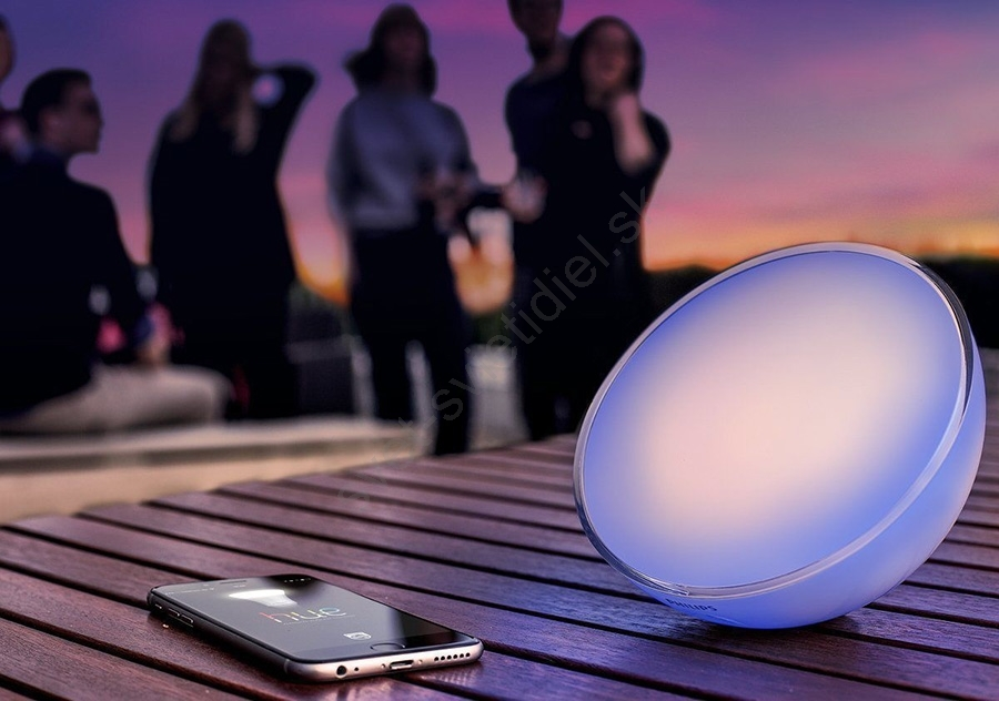 philips 31152 31 ph stmievate n stoln lampa hue go 1xled 6w rgb svet svietidiel. Black Bedroom Furniture Sets. Home Design Ideas